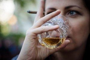 whiskey-4144391_1920_994.jpg